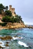 Fortezza sull'alta costa Fotografia Stock Libera da Diritti