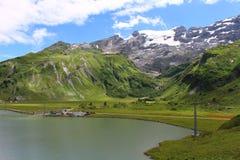 Fortfarande alpin sjö Royaltyfri Fotografi