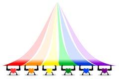 Forti e cuori sani variopinti che sollevano le bande dell'arcobaleno, colori di LGBT lo Copia-spazio per aggiunge il testo ? sui  illustrazione di stock