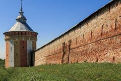 Fortificações sul da torre do Spaso-Prilutsky Dimitriev Mona Foto de Stock