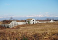 Fortificazione abbandonata antica fuori della città veneziana della fortezza di Palmanova in Italia Immagini Stock Libere da Diritti