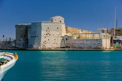 Fortificazione del porto Trani Puglia L'Italia immagini stock libere da diritti