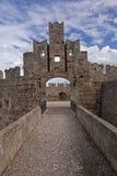 Fortificazione della Rodi un porto fotografie stock