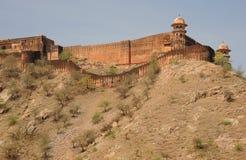 Fortificazione di Jaigarh dal palazzo ambrato, Jaipur, India Fotografie Stock Libere da Diritti
