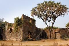 Fortificazione di Shirgaon, India immagine stock libera da diritti