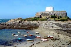 Fortificazione Grey Rocquaine Bay di Guernsey Fotografia Stock Libera da Diritti