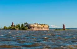 Fortificazione storica del mare vicino a Kronshtadt, St Petersburg Fotografia Stock Libera da Diritti