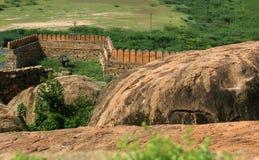 Fortificazione sul paesaggio delle rocce Fotografia Stock