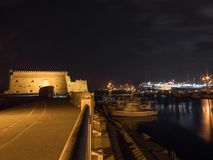 Fortificazione veneziana dei koules di Candia ad esposizione lunga di notte immagine stock libera da diritti