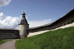 Fortificazioni e torretta e cielo di osservazione Fotografia Stock Libera da Diritti