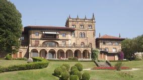 Fortifichi l'assomigliare a alla casa a Getxo, Bilbao Spagna Fotografie Stock