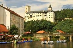 Fortifichi (palazzo) al Rozmberk il nad Vltavou. Immagini Stock