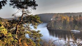 Fortifique Zvikov e os rios Vltava e Otava da afluência Imagem de Stock Royalty Free