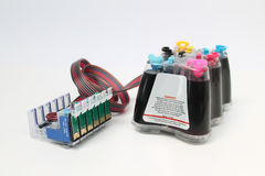 Fortlöpande färgpulvertillförselsystem royaltyfri foto