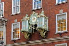 Fortnum och Mason Clock Royaltyfri Bild