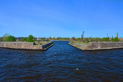 Forts dans le golfe de Finlande dans Kronstadt, St Petersburg, Russie Images stock
