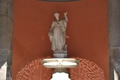 Fortuinfontein - Fontana-della Fortuna in Napels stock fotografie