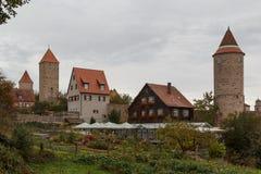 Fortyfikacje średniowieczny grodzki Dinkelsbuhl w Bavaria Zdjęcia Stock
