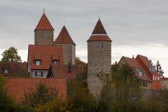 Fortyfikacje średniowieczny grodzki Dinkelsbuhl w Bavaria Obrazy Stock