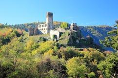 Fortyfikacyjny Metternich Beilstein najlepszy miejsce na Moselle rzece Mosel Palatinate, Niemcy obrazy royalty free
