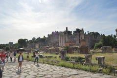 Forum et palatino romains à Rome au Latium en Italie Photographie stock libre de droits