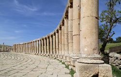 Forum (Ovaal Plein) in Gerasa (Jerash), Jordanië Stock Fotografie