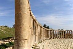 Forum (oval Plaza) i Gerasa (Jerash), Jordanien Fotografering för Bildbyråer