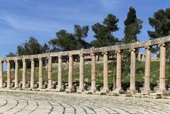Forum (plaza ovale) dans Gerasa (Jerash), Jordanie Photos libres de droits