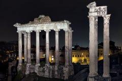 Forum romano di notte Fotografie Stock