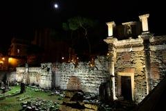 Forum von Nerva bis zum Nacht Stockfotografie