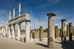 Forumet i Pompeii, Italien Royaltyfri Fotografi