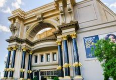 Forumet shoppar ingången på Caesars Palace i Las Vegas Arkivfoton