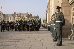 Forze di polizia dell'ordine pubblico fotografia stock