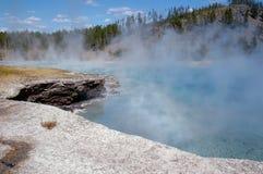 Foschia del geyser del truciolo Fotografie Stock