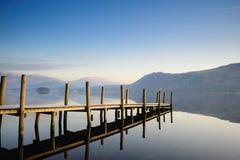 Foschia di mattina su Derwentwater Fotografie Stock