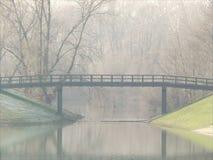 Foschia sul ponte Fotografia Stock