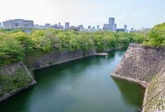 Fossés et voies d'eau d'Osaka Castle image libre de droits