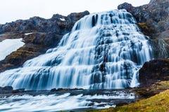 Foss Dynjandi приводят водопад в действие каскада потока, западные фьорды Icelan стоковое фото