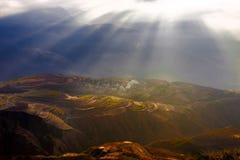 Fossa sunsetting della terra rossa di Dongchuan Immagine Stock