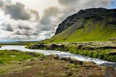 Fossalar在Vatnajokull国家公园附近的河瀑布 免版税库存图片