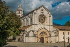 Fossanova opactwo, wczesny Fossa Nuova, jest Cysterskim monasterem w Włochy, w prowinci Latina, blisko staci kolejowej P Zdjęcie Royalty Free