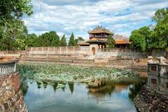 Fossato della città imperiale (cittadella) alla tonalità, Vietnam fotografia stock libera da diritti