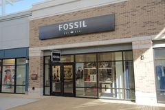 Fossil Accessories Store Front at the Tanger Outlet Mall in Southaven, Mississippi Royalty Free Stock Photography