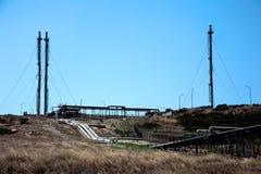 Fossila bränslenraffinaderikomplex Royaltyfria Foton