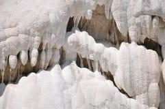 Fosso Bianco dichtbij Bagno San Filippo in Toscanië stock foto