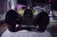Fostra elefanthuvprydnaden på en Bugatti typ 1932 41 Royale Royaltyfria Foton