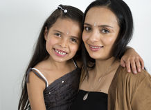 Fostra med henne dottern Royaltyfri Bild