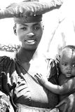 Fostra och barnet Royaltyfri Fotografi