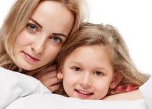 Fostra och dottern Royaltyfri Foto