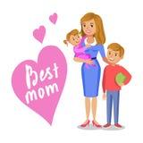 Fostra och hennes barn och att le mamman och ungar, dottern och sonen Arkivbild